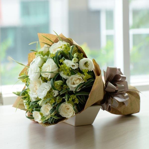 Kết quả hình ảnh cho bó hoa hồng trắng